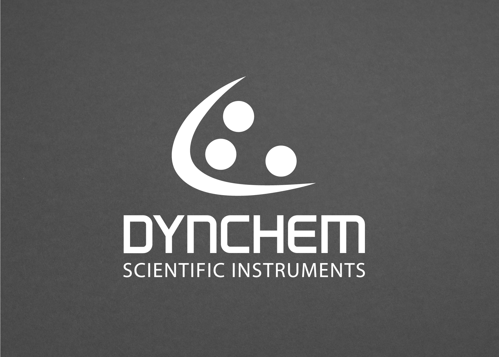 Dynchem Logo Redesign horizontale Anordnung